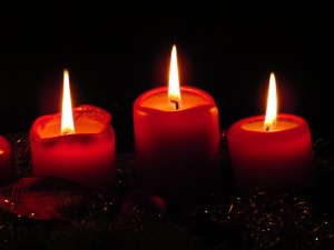 advent-80125-2-candles